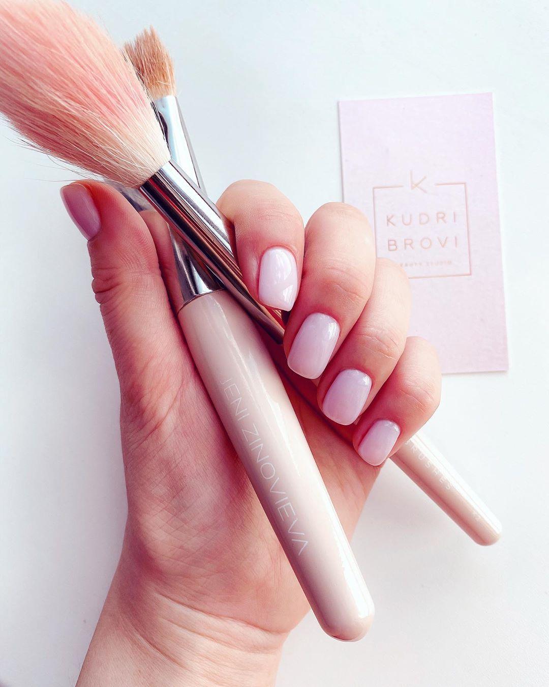 Аксессуары для макияжа: кисть для румян: как выбрать аксессуар